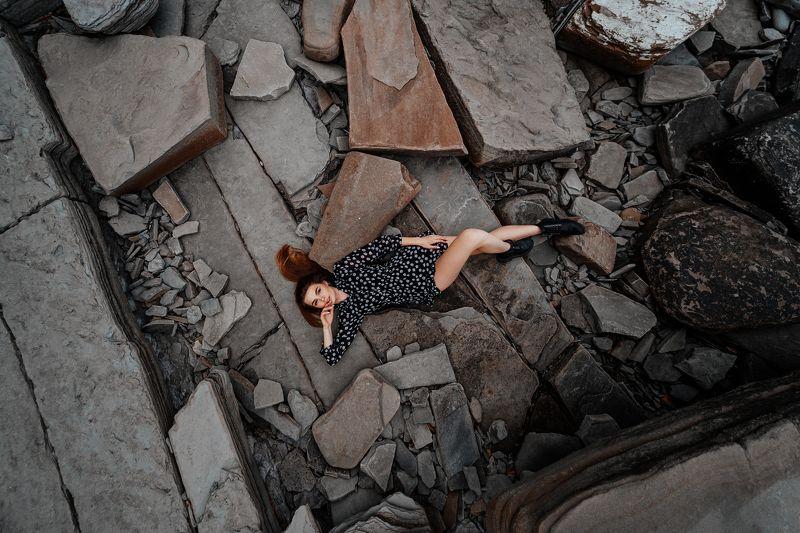 girl, crimea, rocks, rock, green, body, outdoor Юляphoto preview