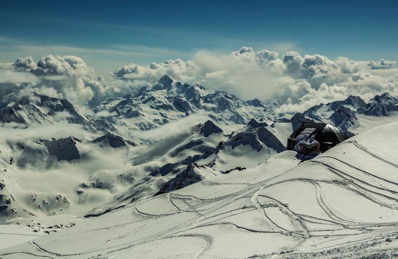 горы,восхождение,кавказ,облака,эльбрус в голубом поднебесье...photo preview