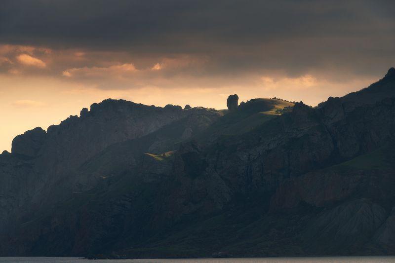На склонах древнего вулкана photo preview