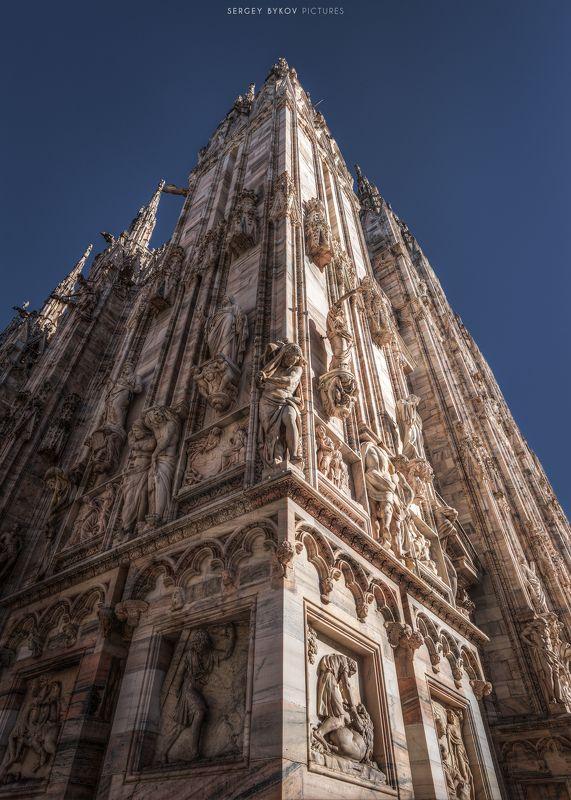 milan, italy, street, mood, cityscape Duomo di Milanophoto preview