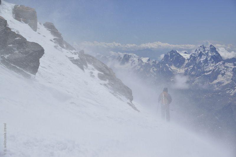 Эльбрус, Кавказ, Россия, горы, восхождение, альпинизм, спорт, экстрим, высота, снег, шагнивнеизведанное Эльбрусиада (из цикла)photo preview