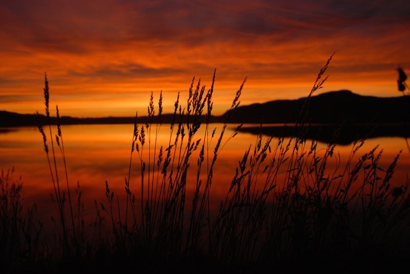 Landscapes, nature, Norway, lake, sunset, red, colors, straw, water, reflection, sky, clouds,  Тишинаphoto preview