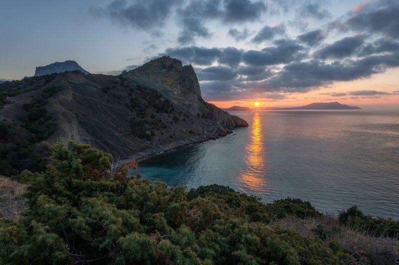 Капчик, Новый свет, восход, рассвет, Крым, Россия, пейзаж, природа Восход в Новом светеphoto preview