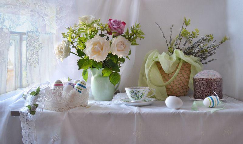 still life, натюрморт, цветы, фото натюрморт,весна, май, пасха, пасхальная неделя, куличи, розы, верба, фарфор Пасхальной радостью души...photo preview