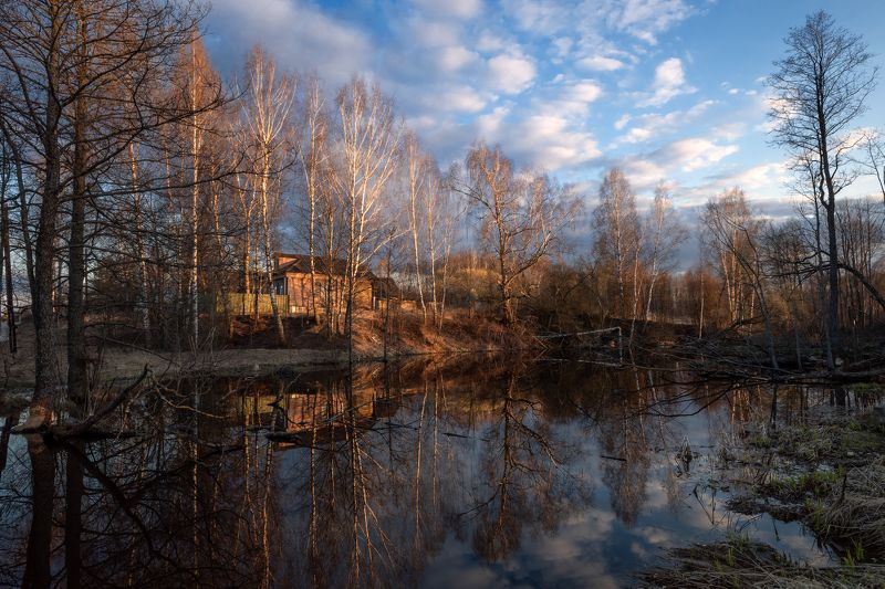 весна,вечер,закат,пруд,деревня,небо,облака,отражение весенним вечером у деревенского прудикаphoto preview