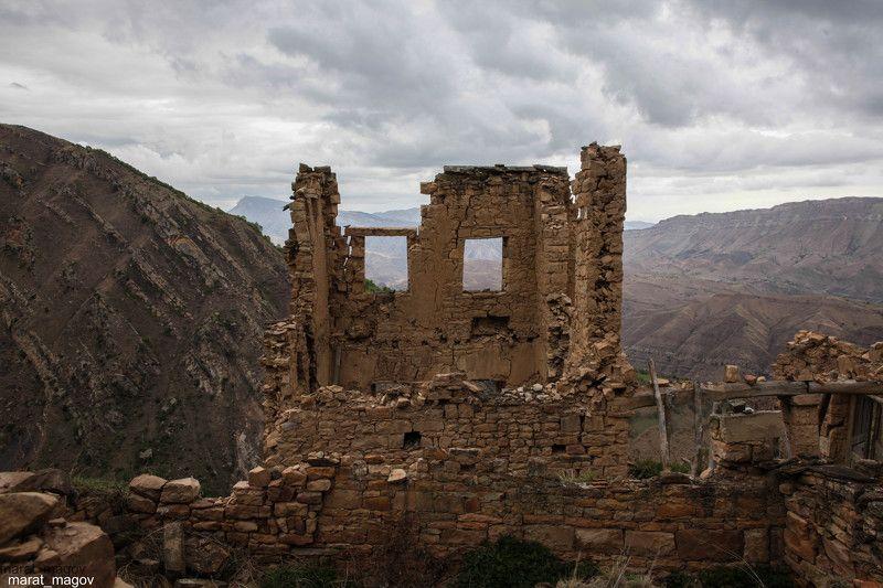 развалины,аул,горы,вершины,пейзаж,небо,деревья,дагестан,природа Развалины старого аула..photo preview
