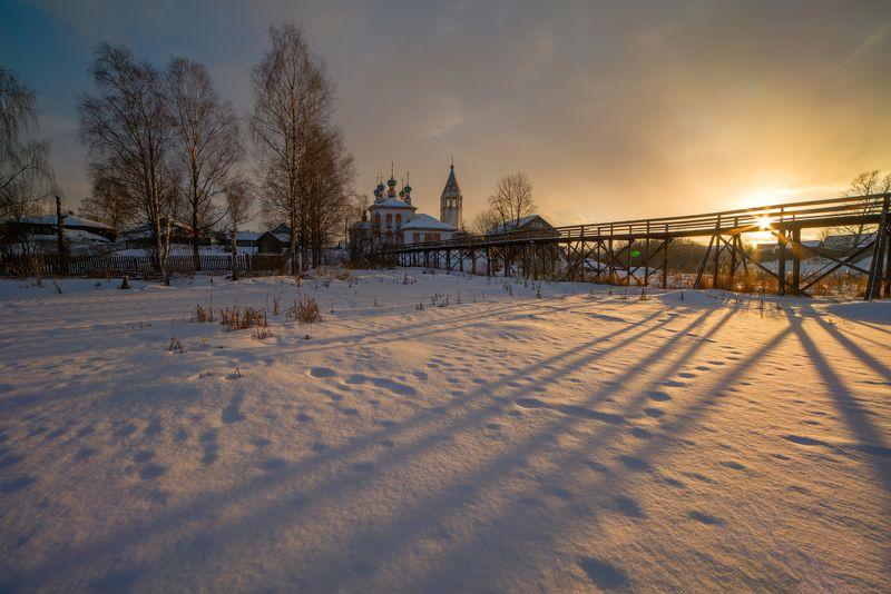 снег, весна, проталины, март про мартовское солнце и тающий снегphoto preview