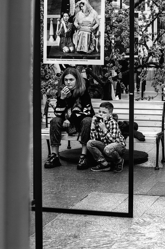 ЧБ фото, ГУМ, дети, фотовыставка ГУМphoto preview