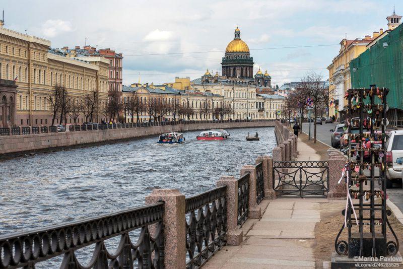 Неласковый май. Весенний Петербург...