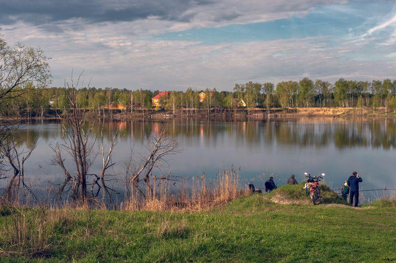 На майском озереphoto preview