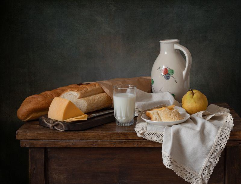 натюрморт, хлеб, сыр Натюрморт с багетом и сыромphoto preview