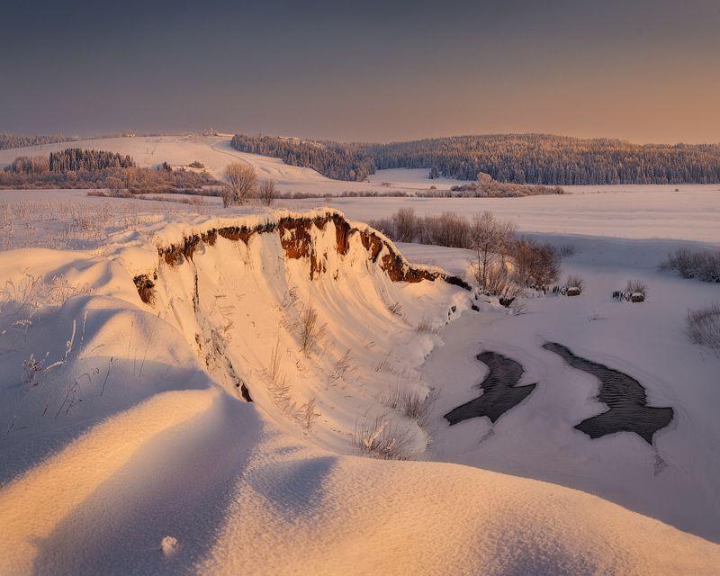 зима, река Морозным вечеромphoto preview