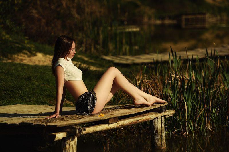 девушка, модель Озероphoto preview