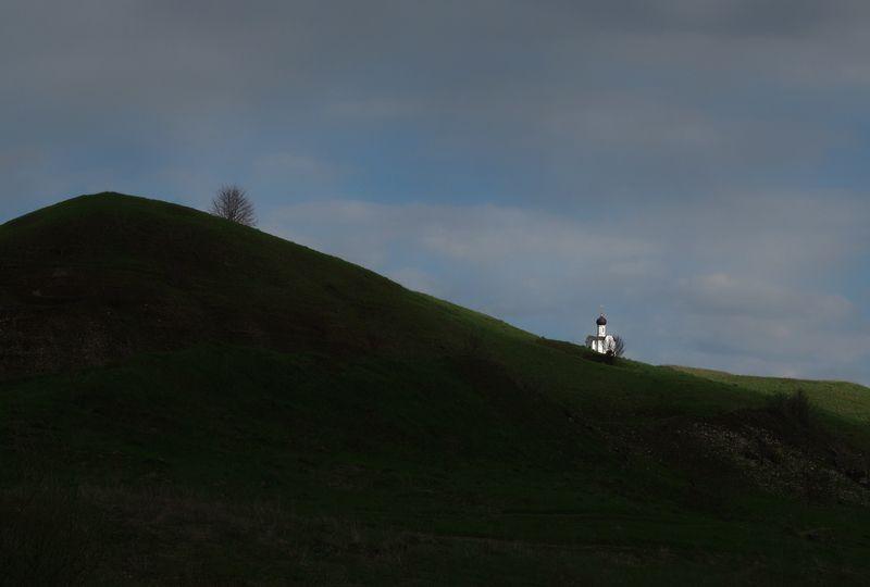 часовня ильи пророка, г.алексин, тульская обл. На закатеphoto preview