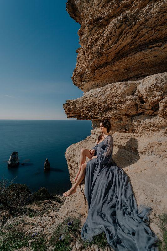 women, rock, sea, ocewan, landscape, dress Натальяphoto preview