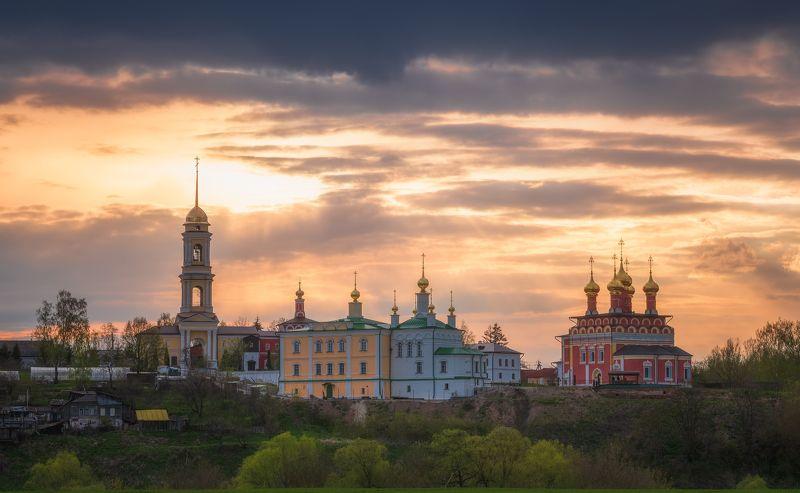 вечер, пейзаж, храм, белёв Белёвская открыткаphoto preview