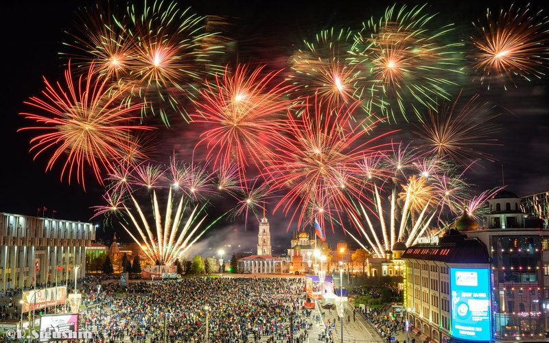 салют фейерверк тула 9 мая Тула салютует в День Победы!photo preview