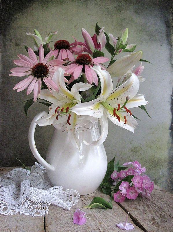 цветы, букет, лилии, гвоздика, эхинацея, кувшин,керамика. салфетка Лето в разгареphoto preview