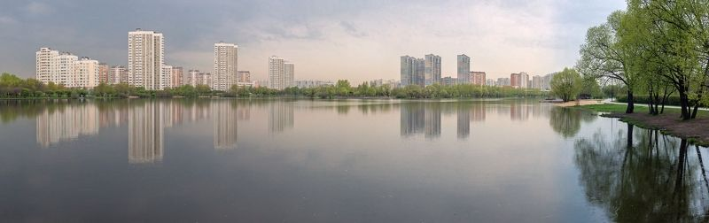 Панорама майского прудаphoto preview