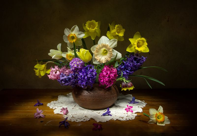 натюрморт,  гиацинт,  рябчик,  тюльпан,  нарцисс Цветущий май...photo preview