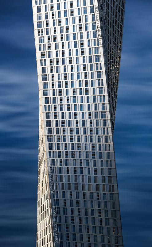 nikon, color, postcard, picturesque, landmark, dubai, uae, arab, emirates, travel, urban, architecture, iconic, geometry Грани и изгибы / Edges&Flowsphoto preview