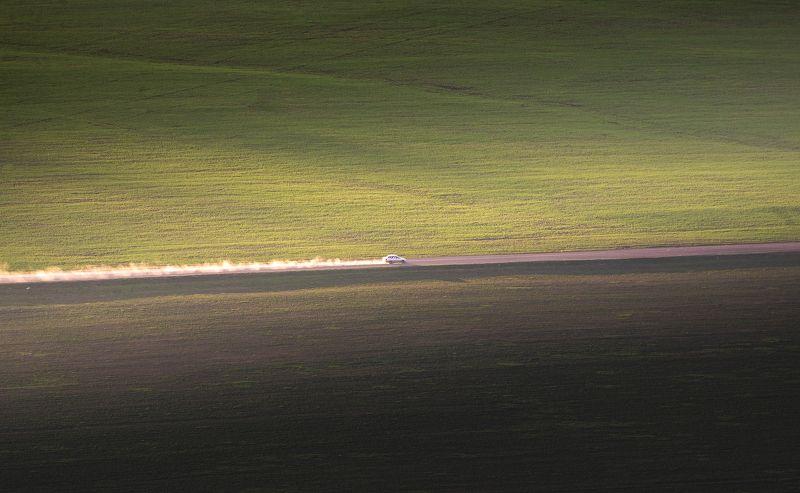 пейзаж, минимализм, дорога, поле, закат Движениеphoto preview