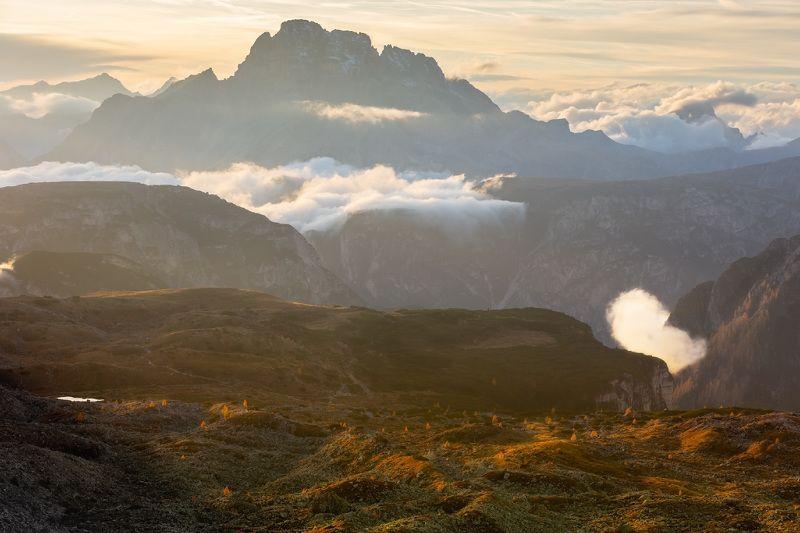италия, доломиты, горы, облака, закат, осень, природа, landscape, italy, dolomites С видом на вершину Dürrenstein.photo preview