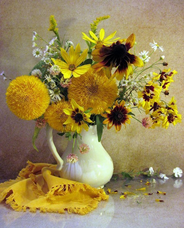 цветы, букет, подсолнухи, топинамбур, ромашки Желтенькийphoto preview