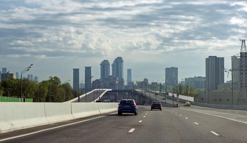 Москва через лобовоеphoto preview