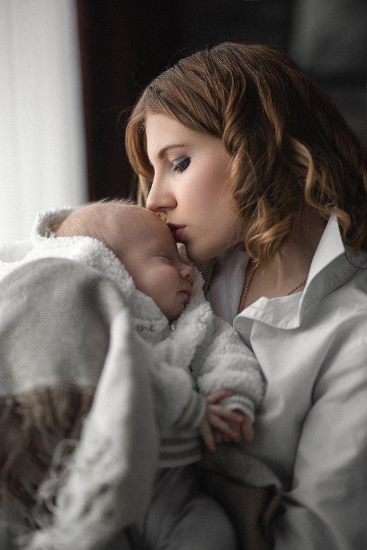 портрет, семья, девушка, мама, малыш, младенец, любовь, счастье, portrait, family, child, mother, love, happy Самая крепкая связь...photo preview