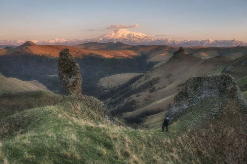 северный кавказ, карачаево-черкесия, приэльбрусье, гкд-гора, весна, закат Весна в приэльбрусьеphoto preview
