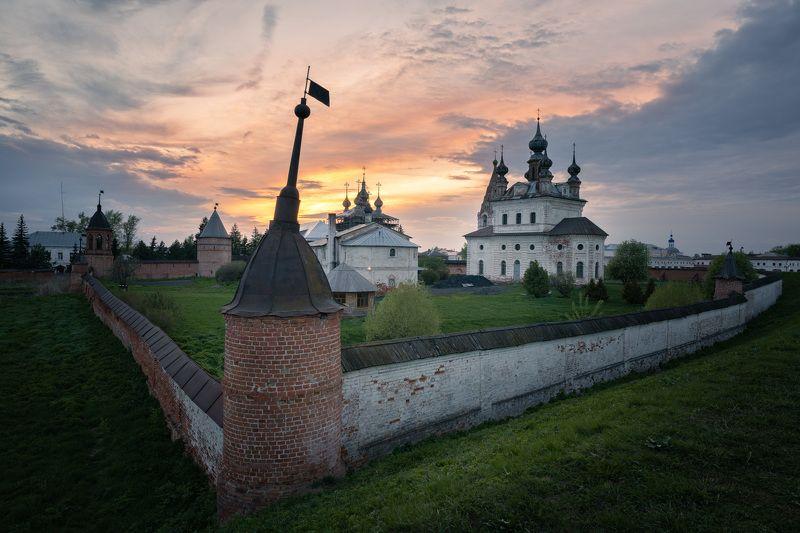 Михайло-Архангельский монастырь в Юрьев-Польскомphoto preview