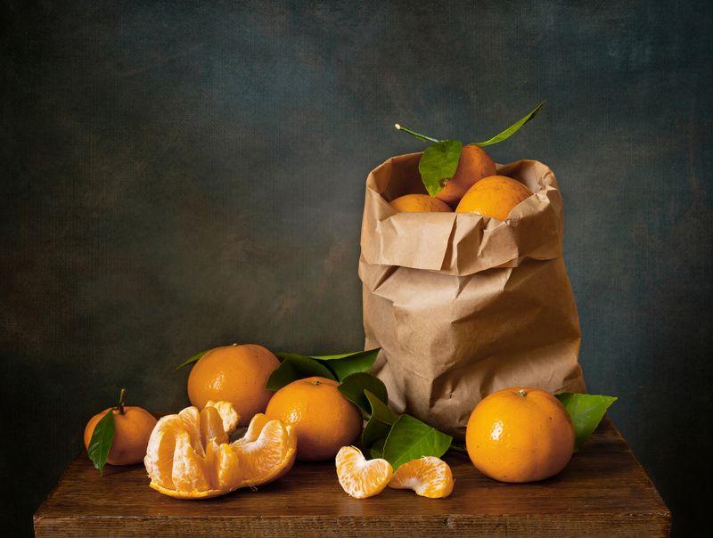 натюрморт, мандарины, цитрусовые Мандариновыйphoto preview