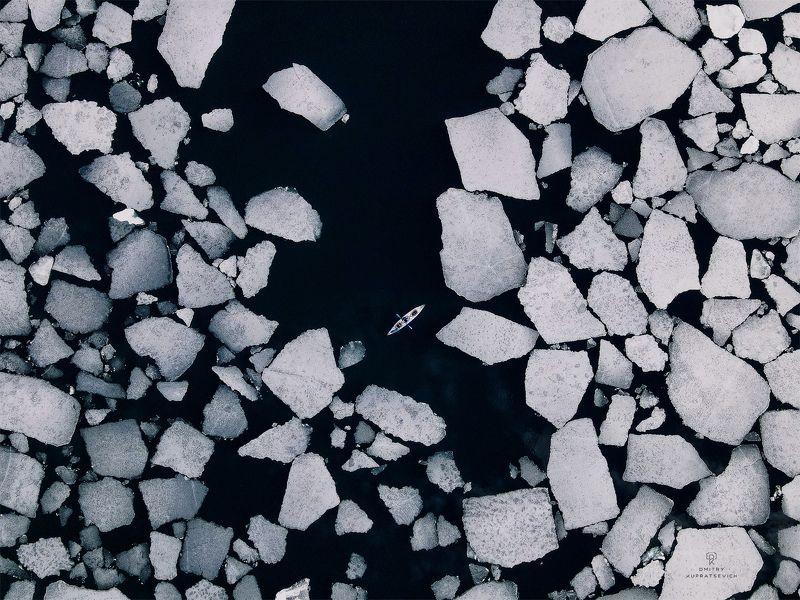 Уходящие льды Байкалаphoto preview