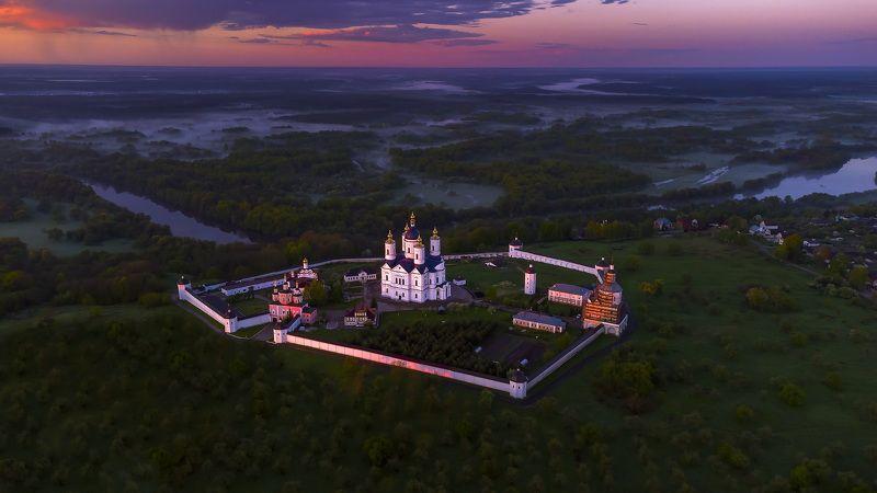 Свенский Успенский мужской монастырь Брянские рассветы photo preview