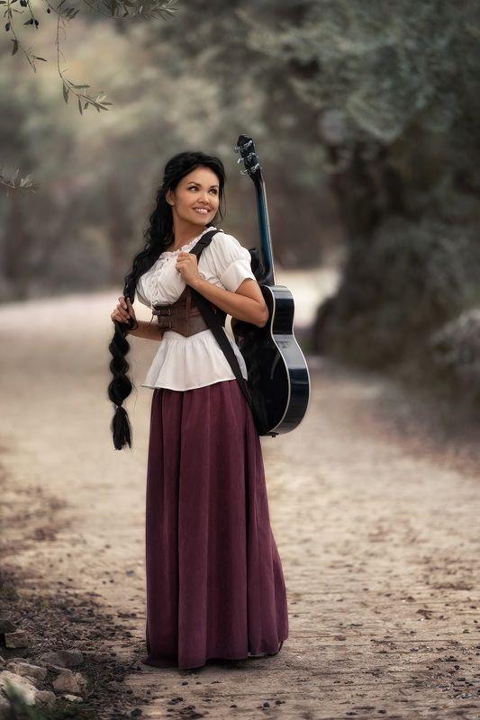 девушка гитара косички photo preview