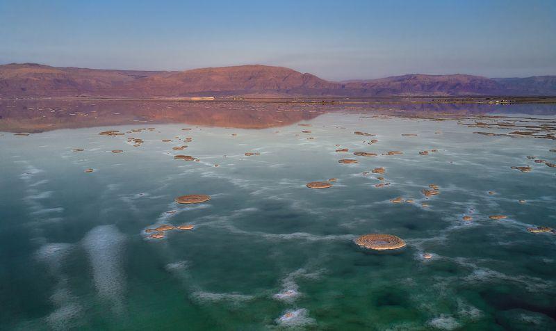 Странные пейзажи Мертвого моря...photo preview