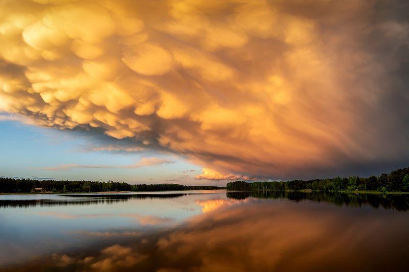 nature, landscape, colors, sunset, lake, cloud Mammatus cloudphoto preview