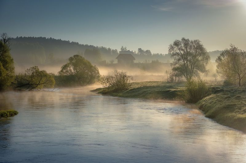 река, истра, утро, деревья, дома, зелень, поток, рассвет, вода, пейзаж Долина Истрыphoto preview