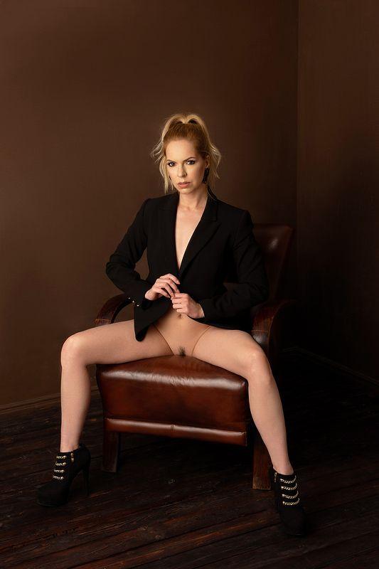 model, fine art, nude, naked, fashion nude,sexy, sensual, colour, woman, female, body, erotica, glamour, curves, portrait, beautiful, fashion, Fannyphoto preview