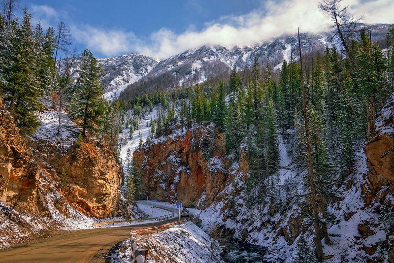 горный алтай,май,снег,дорога,речка чибитка,\