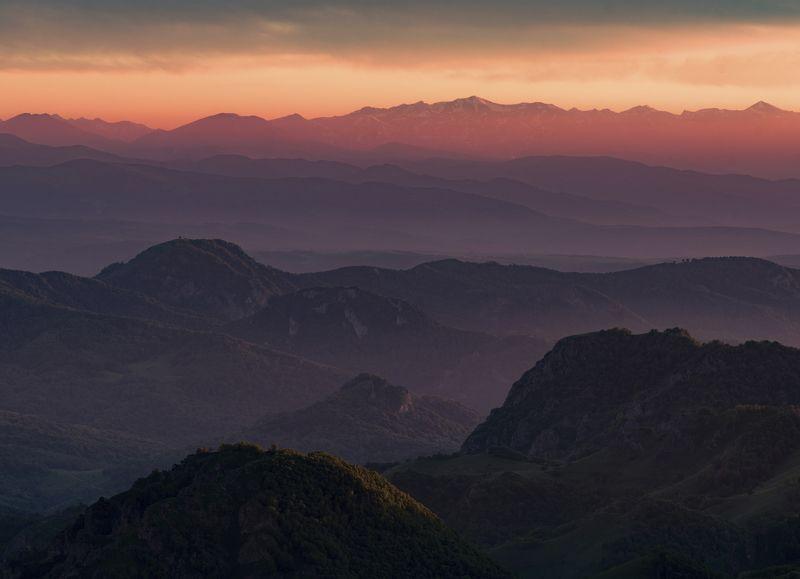 гора, рассвет, небо, плато, облака, утро, закат, вечер , слои, холмы, долина, дымка, туман УМИРОТВОРЕНИЕphoto preview