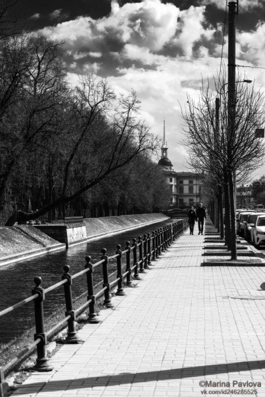 чёрно - белое фото, монохром, стритфото, уличная фотография, лебяжья канавка, михайловский замок, город, петербург, nikon Чёрно-белая весна 2021гоphoto preview
