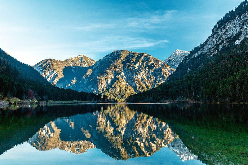 горы, озеро, осень, пейзаж Альпийское озероphoto preview