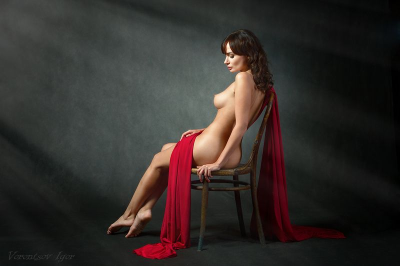 ню, девушка, грудь, обнажённая, красивая, голая, стул, студия photo preview