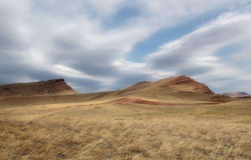 хакасия, сундуки, долина онло., И плывут облака..photo preview