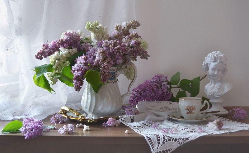 still life, натюрморт, цветы, фото натюрморт,весна, май, фарфор, статуэтка, сирень, настроение Мелодия весны...photo preview