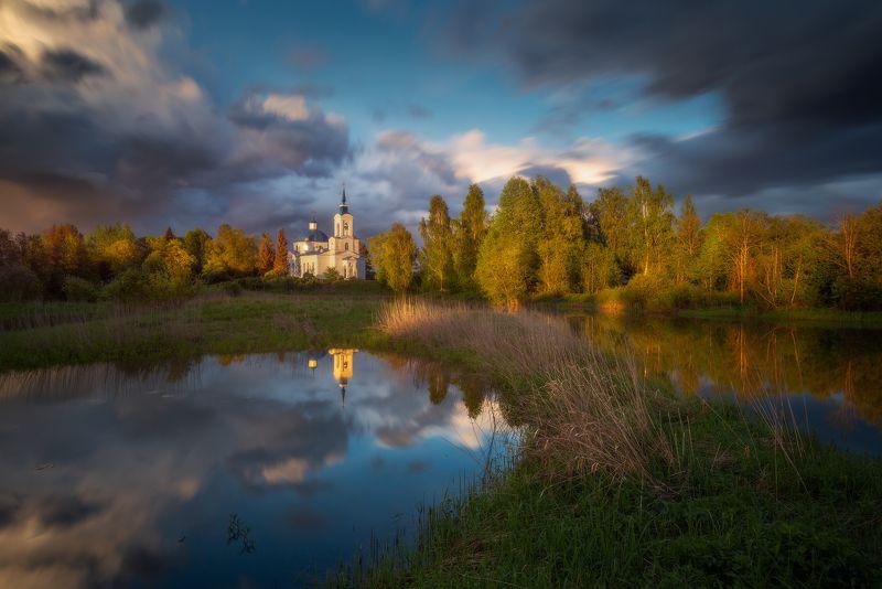 вечер, небо, церковь, река, отражения Майский вечерphoto preview