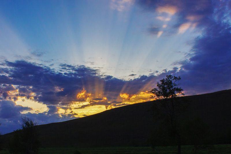 природа, южный урал, горы, утро, восход, облака, лучи солнца Восходphoto preview