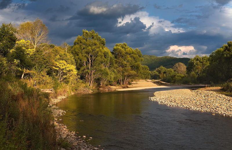 вечер, сентябрь, тучи, река партизанская вечером у рекиphoto preview